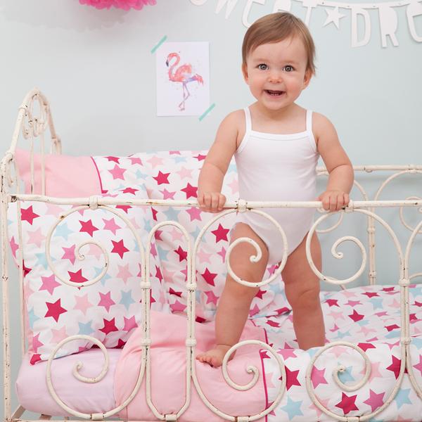 Babybettwäsche und Laken