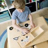 Puzzles und Steckspiele