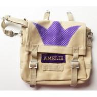 Häkelblume Design Kindergartentasche beige mit Krone, Name: AMELIE